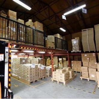 倉庫のイメージ写真